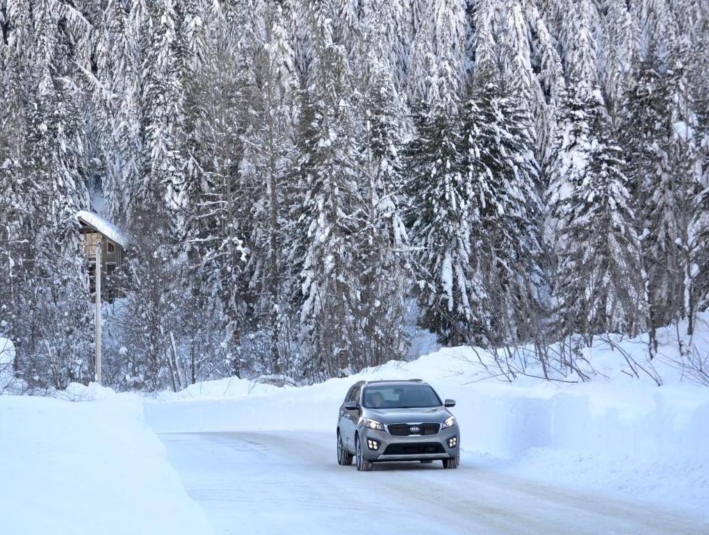 A Snowy Adventure with the 2016 Kia Sorrento SXL 2.0T AWD