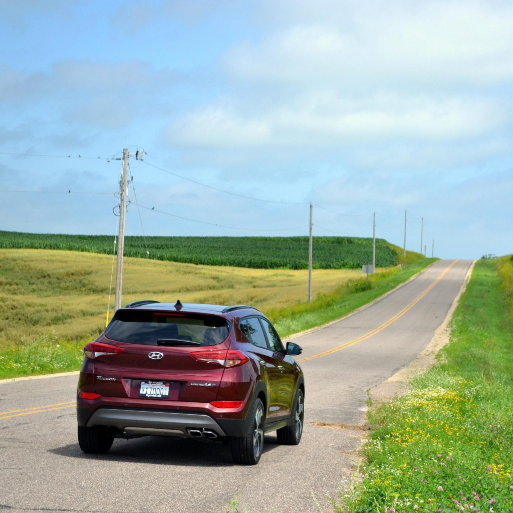Summer Road Trip? Keep Your Vacation on Track with These Tips